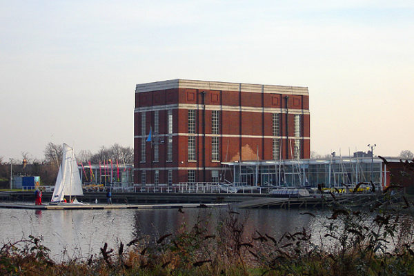 Stoke_newington_west_reservoir_leisure_centre_1