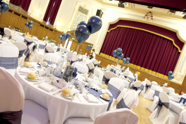 WEDDING_Balloon centre pieces view to stage